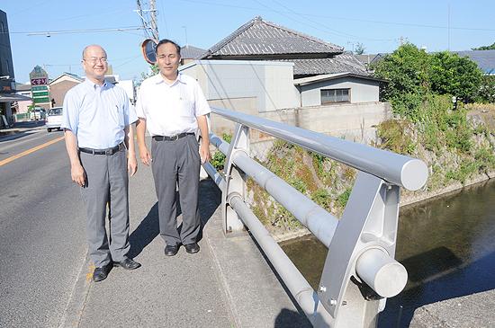 橋の低い欄干を改修し安全確保(丸亀市)